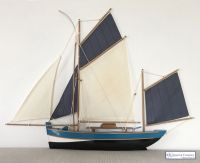 Half Hull Fishing Sailboat Model
